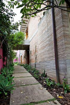 Conheça a casa de Nando Reis em São Paulo  Blog S.OS Stylist Brasil  Moda Masculina