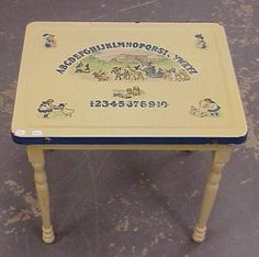 482: Vintage Child's ABC Table-Enamel top : Lot 482