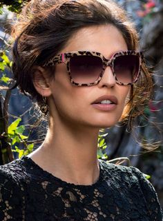 Women Fashion & Style News on Swide - The Dolce & Gabbana Luxury Magazine - Swide