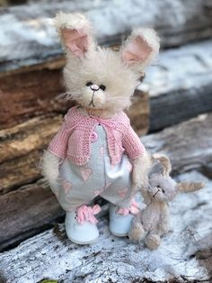 Upcycled Crafts To Sell Projects - - Spring Crafts For Kids Easy Children - - Seashell Crafts Preschool Ocean Themes Unicorn Crafts, Cat Crafts, Sewing Crafts, Arts And Crafts, Upcycled Crafts, Valentine Crafts For Kids, Crafts For Kids To Make, Christmas Crafts, Kindergarten Crafts
