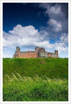 Tanatllon Castle, North Berwick, Scotland