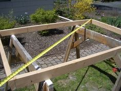 Cheap, Easy, Low-waste Platform Bed Plans : 7 Steps (with Pictures) - Instructables Platform Bed Plans, Queen Size Platform Bed, Diy Platform Bed, Platform Bedroom, Custom Woodworking, Woodworking Projects Plans, Woodworking Apron, Woodworking Workshop, Woodworking Videos