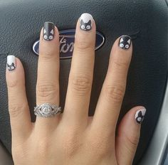 cool 14 Puuuurfect Cat Manicures Nail Designs For The Cat Lover In You - Stylendesigns.com!