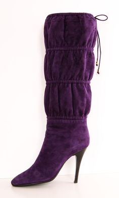 ROBERTO CAVALLI. Well, maybe not THESE boots! The heels are very high! Repinned by www.loisjoyhofmann.com