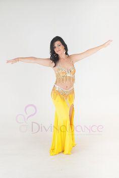 Precioso traje profesional egipcio para bailar danza del vientre. #danzavientre #danzaoriental #bellydance #danzaarabe #egipcio