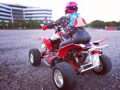 Girl riding ATV in leatherpants Tight Leather Pants, Atv, Monster Trucks, Tights, Bike, Cowgirls, My Style, Clothes, Navy Tights