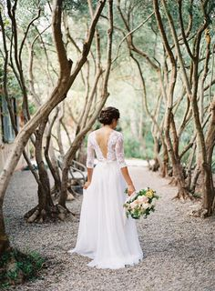 Photography: Rylee Hitchner - ryleehitchnerphotography.com Read More: http://www.stylemepretty.com/2014/02/25/organic-provencal-editorial-get-the-look/