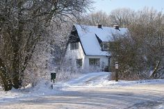 7 Tips To Help Prepare Your Home and Yourself For Winter Months ► http://wp.me/p4p9rp-kH