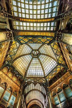 Parisi Udvar | David Curry | Flickr Architecture Old, Amazing Architecture, Close To Home, Budapest, Roots, Curry, David, Europe, France