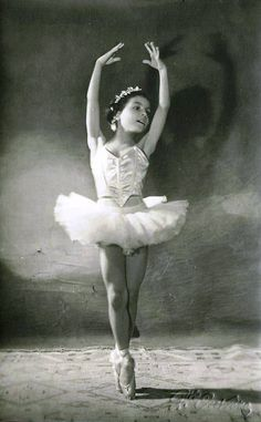 vintage picture of a young ballerina