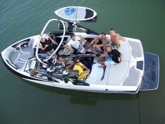 The best way to Learn Water Skiing, Wakeboarding, and Barefoot Skiing without Falling is on a Water Ski Training Boom. We have a Waterski Training Boom for your exact Malibu Boat.