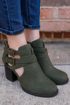Faux Suede Cutout Ankle Round Toe Booties Scribe-S – UOIOnline.com: Women's Clothing Boutique