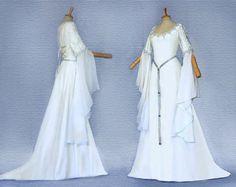 Wedding dress elven dress Medieval Lord of the Rings CALIDA Medieval Wedding, Celtic Wedding, Geek Wedding, Gothic Wedding, Elf Wedding Dress, Wedding Gowns, Bridal Gown, Medieval Dress, Ivory Dresses