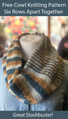 Knitting projects for the coronavirus crisis including ways to share love and hope while social distancing and staying safe at home. Cowl Patterns, Knitting Machine Patterns, Stitch Patterns, Knit Cowl, Knitted Cowls, Knitted Scarves, Small Knitting Projects, Knitting Tutorials, Loom Knitting