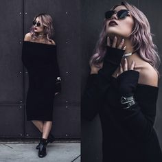 Get this look: http://lb.nu/look/8580999  More looks by Catherine pham: http://lb.nu/user/5586872-Catherine-pham  Items in this look:  Flavour Shop Black Knit Off The Shoulder   #chic #edgy #grunge