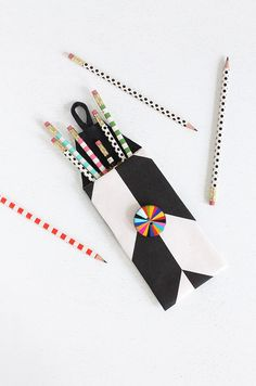 MY DIY | No-Sew Print Pencil Case | I Spy DIY | Bloglovin'