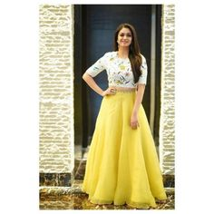 indian designer wear Keerthi Suresh is one of the leading stars in tinsel town and she also knows how to dress and carry herself. Keerthi Sureshs fashion sense it is an elegant gir Gown Party Wear, Party Wear Indian Dresses, Indian Gowns Dresses, Dress Indian Style, Indian Fashion Dresses, Indian Designer Outfits, Designer Dresses, Indian Outfits, Indian Clothes