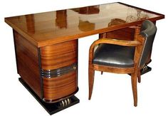 This French art deco desk and chair dates from the and is attributed to Decoration Interieure Moderne ~ Rene Joubert and Philippe Petit. Art Deco Desk, Art Deco Stil, Art Deco Home, Art Nouveau Furniture, Furniture Design, Art Et Architecture, Muebles Art Deco, Estilo Art Deco, Streamline Moderne