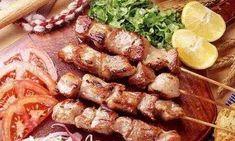Das perfekte SOUVLAKI mit Schweinefleisch mager und Zitronen-Rezept mit Bild und einfacher Schritt-für-Schritt-Anleitung: 1.) Holzspieße während sie das…