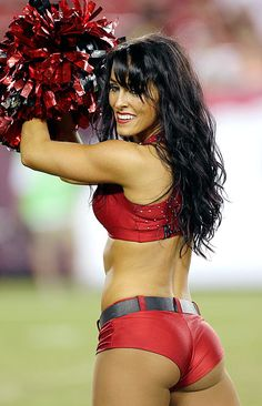 The Texans' Babes on Parade made their season debut against the Dolphins. Buccaneers Cheerleaders, Football Cheerleaders, Football Girls, Tampa Bay Buccaneers, Cheerleading, Nfl Football, Sport Girl, Female Bodies, Sport