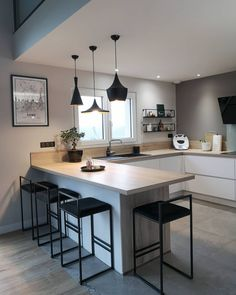 60 Practical Kitchen Renovation Ideas That You Need .- 60 Practical Kitchen Renovation Ideas You& Like Source by berandasm - Kitchen Room Design, Modern Kitchen Design, Kitchen Layout, Home Decor Kitchen, Interior Design Kitchen, New Kitchen, Home Kitchens, Kitchen Dining, Kitchen Ideas