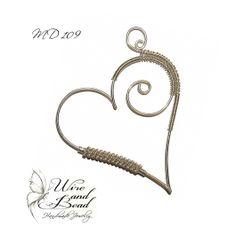 Spirálos ezüstözött szív medál