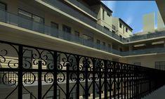 Budapest belvárosának frekventált kerületének legdinamikusabban fejlődő részén kínálunk új építésű lakásokat klasszikus polgári környezetben.  Bérbeadásra, hosszú távú befektetésre is kiváló lehetőség... Budapest, Stairs, Home Decor, Stairway, Decoration Home, Room Decor, Staircases, Home Interior Design, Ladders