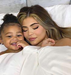 Kily Jenner, Kylie Jenner Baby, Mode Kylie Jenner, Jenner Kids, Looks Kylie Jenner, Estilo Kylie Jenner, Jenner Family, Kylie Jenner Outfits, Kendall And Kylie