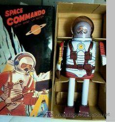 ROBOT HOJA DE LATA -NEW SPACE COMMANDO MS404- Tin SPACE TOy. EN CAJA. 22 CMTS. Estado:5 - Muy bueno (nuevo o como nuevo, sin señales de uso)