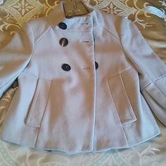 **HOST PICK**Zara crop jacket Beautiful stylish Zara grey crop jacket.. 3/4 length sleeves.pockets. 80%wool,20%polyamide. Lining 100%acetate. Zara Jackets & Coats