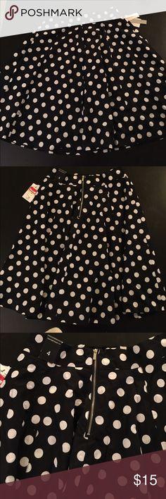 Black and white polka dot skirt Black and white polka dot skirt Amanda & Chelsea Skirts Midi