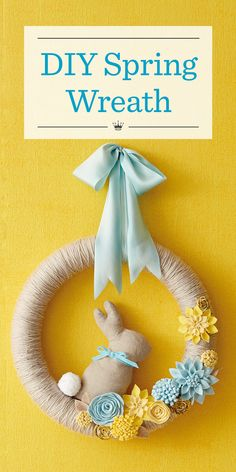 Greet the season with a DIY spring wreath. Hallmark Designer Em Bronson shares how to make a yarn-wrapped spring wreath perfect for Easter decorating. Felt Flower Wreaths, Felt Wreath, Easter Wreaths, Felt Flowers, Diy Spring Wreath, Diy Wreath, Spring Crafts, Wreath Ideas, Door Wreaths