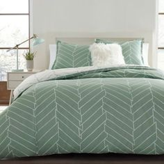 City Scene Ceres Reversible Full/queen Duvet Cover In Green Green Comforter, King Comforter Sets, King Duvet, Duvet Sets, Duvet Cover Sets, Queen Duvet, Green Duvet Covers, Bed Duvet Covers, Bed Sets