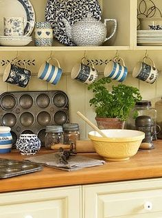 Cottage Kitchens and accessories how's this for a fun change? swap out dishes + add a contrasting piece + plus well-experienced tins! (i heart terra cotta & herbs! New Kitchen, Vintage Kitchen, Kitchen Dining, Kitchen Decor, Kitchen Ideas, Cozy Kitchen, Family Kitchen, Kitchen Utensils, Cocina Office