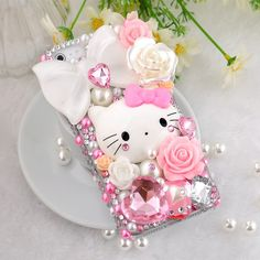 2016 Fashion New product cell phones cute hello kitty Case Cover for galaxy s6 s7 S7 edge. Compatible Brand: Apple iPhonesType: Rhinestone CaseSize: 4.7 inchesFunction: Dirt-resistantCompatible iPhone Model: iPhone 6sRetail Package: YesModel Number: for iphone 6s