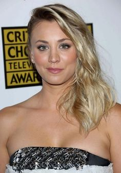 The 9 Most Overrated TV Actresses – Page 6 – Girl Celebrities, Beautiful Celebrities, Beautiful Actresses, Most Beautiful Women, Celebs, Stunning Girls, Kaley Cuoco, Beverly Hills, Blonde Actresses