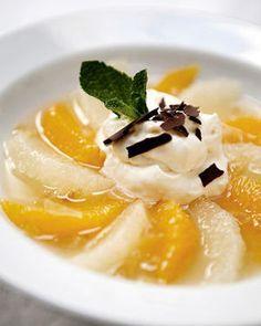 Wittechocolademousse geparfumeerd met sinaasappel en whisky