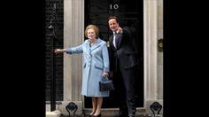 Thatcher sofreu uma série de pequenos derrames que afetaram sua memória de curto prazo, mas ela continuou cumprindo uma série de compromissos públicos. Na foto, o primeiro-ministro conservador David Cameron cumprimenta Thatcher em Downing Street em 2010. Foto: Getty images