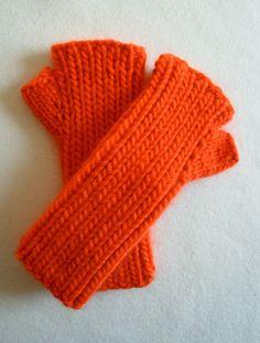 Super Soft Merino Hand Warmers - the purl bee (free pattern).