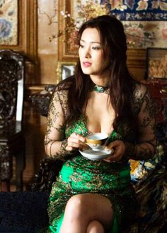 Gong li in 'shanghai' beautiful chinese girl, beautiful asian Gong Li, Beautiful Chinese Women, Beautiful Asian Girls, Gorgeous Women, Beautiful People, In China, Zhang Ziyi, Chinese Actress, Sexy Asian Girls