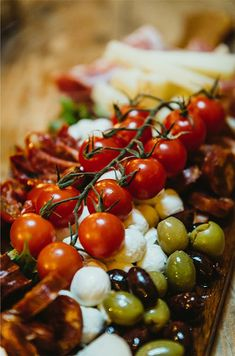 Sharing platters are all the rage at the moment. We have a large range of ideas to suit all types of events, tastes and budgets. From an informal get together and as an alternative to perhaps canapes, to a starter for a wedding breakfast, as an alternative to a sweet at the end of a meal - we have it all. Hot - cold, meat - veggie, sweet - savoury, simple - extravagant. #sharingplatter, #fingerfood, #instafood, #foodporn