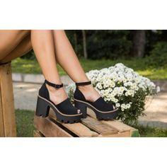 54f9df7ea Sandália Not-Me Tratorada Salto Grosso Feminina - Preto e Grafite (Acesse o  link no perfil para ver o preço e detalhes do produto). #sapatofeminino  #sapato ...