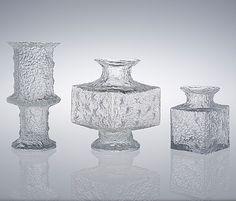 """TIMO SARPANEVA, VASER, 3 st, glas, ""Nardus"", ""Crassus"", ""Krookus"" Iittala, 1960-70-tal. En signerad. Reliefmönster. Höjd 15-25 cm. Den lägsta signerad TS."" (quote) via bukowskis.com Finnish designer Timo Sarpaneva 3 glass vases Marimekko, Scandinavian Design, Finland, Mid-century Modern, Candle Holders, Mid Century, Glass, Vintage, Art"