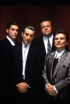 Ray Liotta, Robert De Niro, Paul Sorvino, Joe Pesci - Goodfellas (Les affranchis) - directed by Martin Scorsese. Love Movie, Movie Stars, Movie Tv, Martin Scorsese, Great Films, Good Movies, Image Cinema, Goodfellas 1990, Joe Pesci Goodfellas