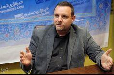 """El 18 de mayo, el activista político y académico polaco, Mateusz Piskorski y su equipo fueron registrados por la policía polaca. Mateusz Piskorski fue detenido bajo la sospecha de """"espionaje"""" e ingresado en prisión. Manuel Ochsenreiter, periodista alemán, comenta sobre la situación:"""