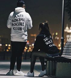 """822 Me gusta, 6 comentarios - Style Killerz (@style.killerz) en Instagram: """"Couple goals tag him/ her ! . @_edreypaul . . . . . . . . .the gang . @outfit_boy .…"""""""