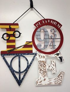 Discover recipes, home ideas, style inspiration and other ideas to try. Deco Noel Harry Potter, Décoration Harry Potter, Harry Potter Wall Art, Harry Potter Nursery, Harry Potter Classroom, Harry Potter Baby Shower, Harry Potter Tumblr, Harry Potter Birthday, Harry Potter Christmas Decorations