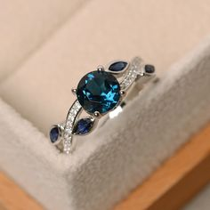 London blue topaz ring leaf ring multistone ring by LuoJewelry