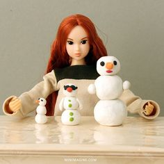 When there is too cold to make a snowman outside...   #dollcollector #dolls #dolldiorama #dudeswithdolls #doll #sixthscale #dollstagram #instadoll dollphotography #dollblog #instamomoko #diorama #snowman #momokodoll #playscale #dollfurniture #dollcollection #sixthscale #sixthscaledoll #snowmen