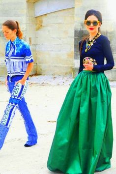 Kelly green and navy! one of my favorite combos!! street style Paris